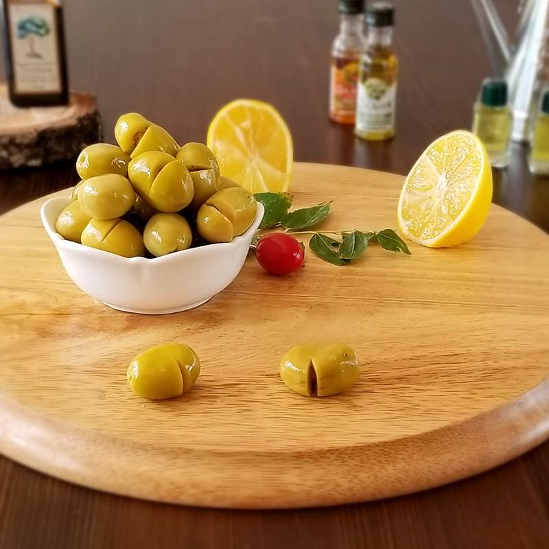 Sarıcalı Domat Kırma Yeşil Zeytin 700 Gr (101/120 Ad/Kg)   Gurmelon